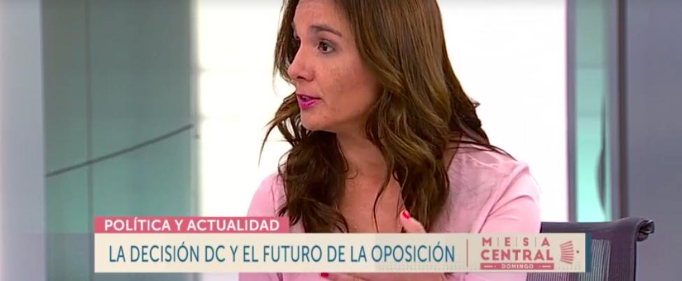 """Presidenta de Chile 21 analiza actualidad política de la semana en """"Mesa Central"""" de Canal 13"""